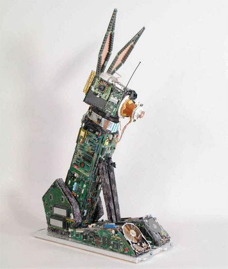 planit hardware, brenda guyton, e-waste, sculpture, treehugger, it asset, it disposal, it consignment